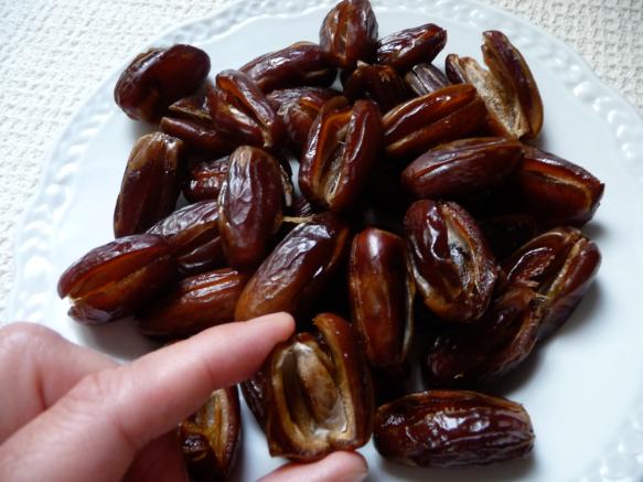 Dátiles rellenos de anchoas 3