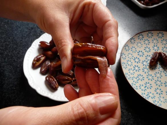 Dátiles rellenos de anchoas 5